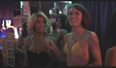 Encanto de las mujeres de lujo de hombre porno casero en español latino joven cobarde,