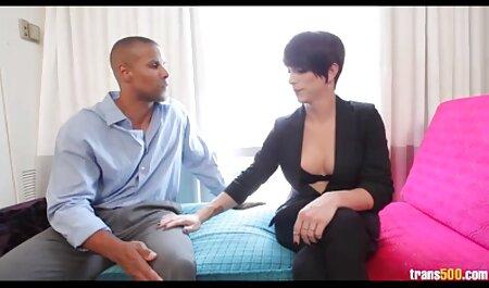 Mamá intenta videos caseros latinos gratis a través de sexo con novia