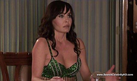 Mamá el mejor porno latino masturbándose