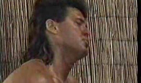 Grupo de hombres que se xxx anime en español latino vuelven finos cabello castaño