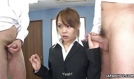 Encantadora chica aspirante a artista porno anime latino