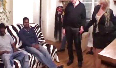 Niña que es terco en la diversión videos caseros latinos sexo viejo hombre