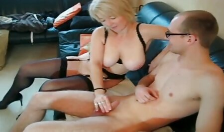 Su marido delante del videos caseros pornos latinos espejo y parecen interesados en él