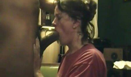 Chica y chico en videos porno latinos caseros la cámara