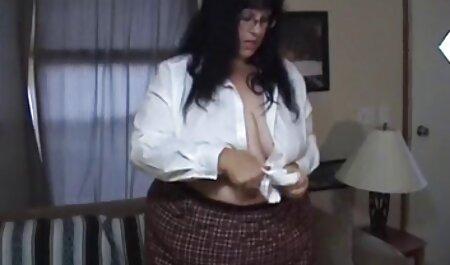 Video porno en porno casero en español latino el baño